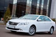 toyota_camry_2013-bely_02